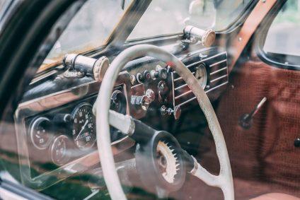 steering wheel of car