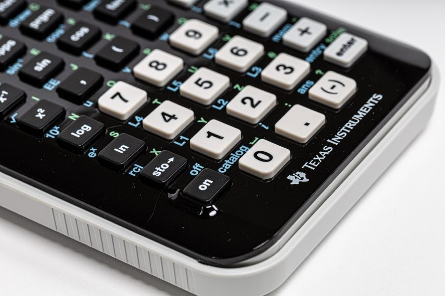 close up image of a calculator