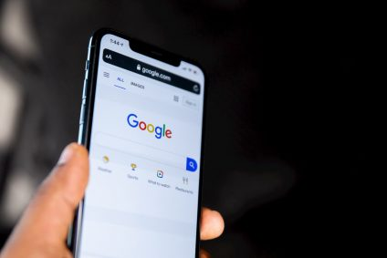 User Googling on a mobile
